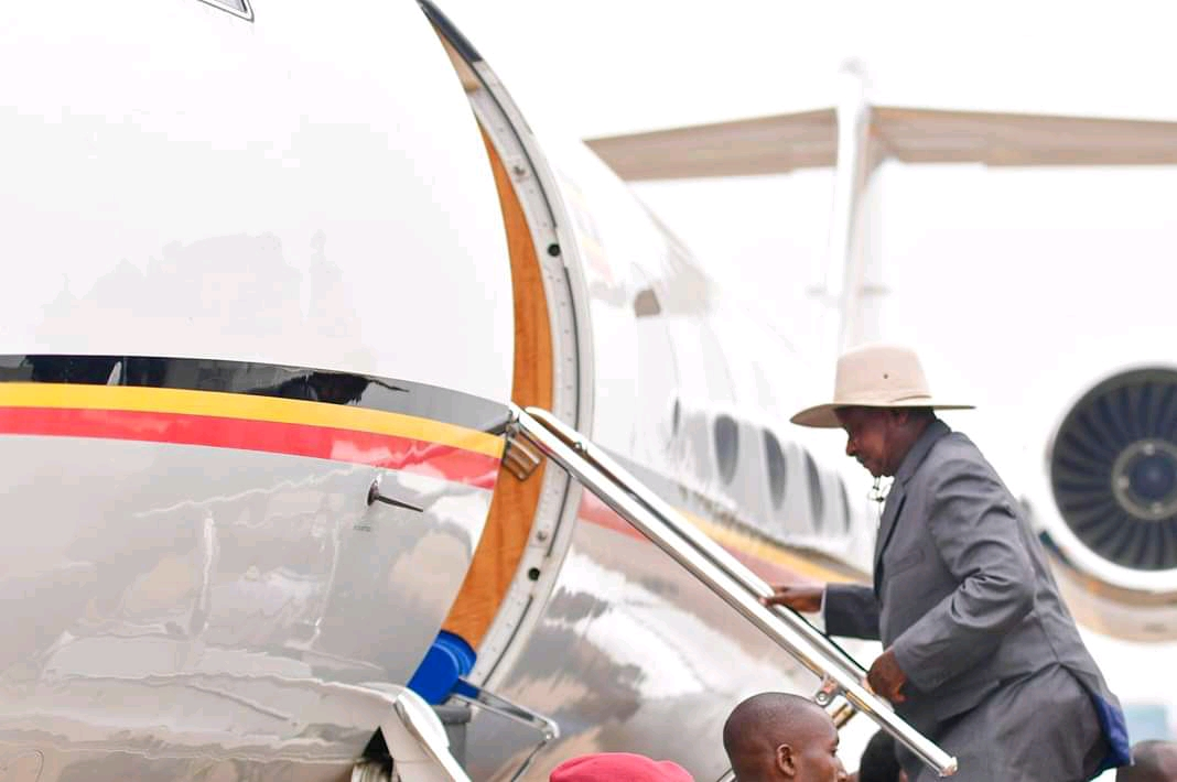 President Museveni setting off for a visit in China on Sunday. (PPU PHOTO)