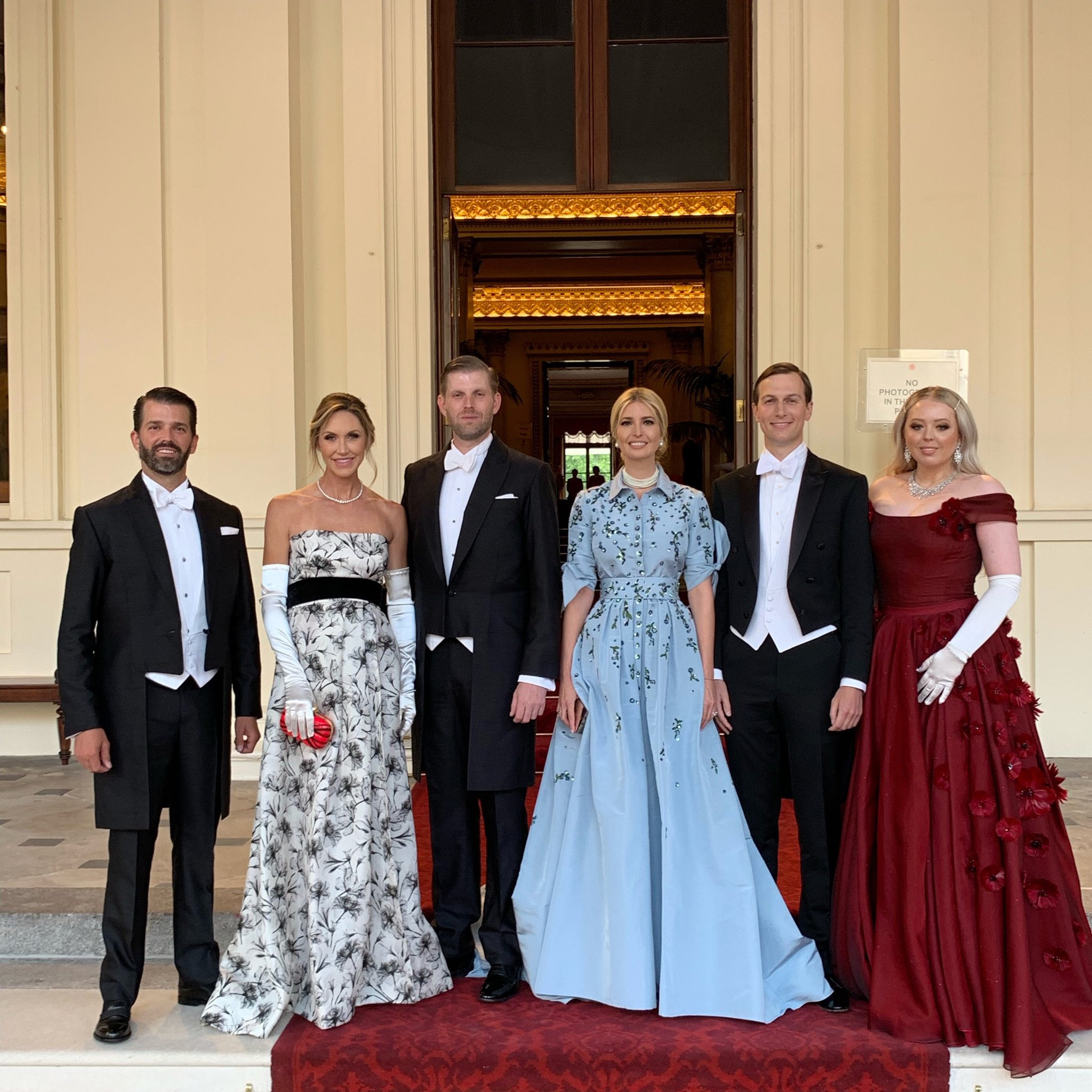 Tiffany Trump (right) with some attendees at the state's dinner in Buckingham Palace (Source: @IvankaTrump Twitter)