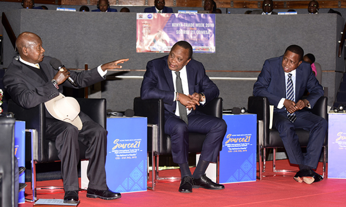 (L-R) Presidents Yoweri Museveni, Uhuru Kenyatta and Edward Lungu during the Presidential Roundtable with business leaders. (PPU PHOTO)