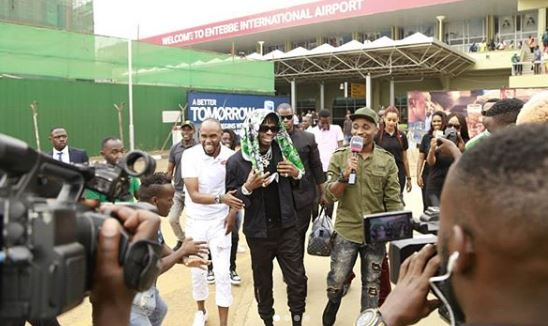 Diamond Platnumz welcomed at Entebbe International airport. (PHOTO/Courtesy)