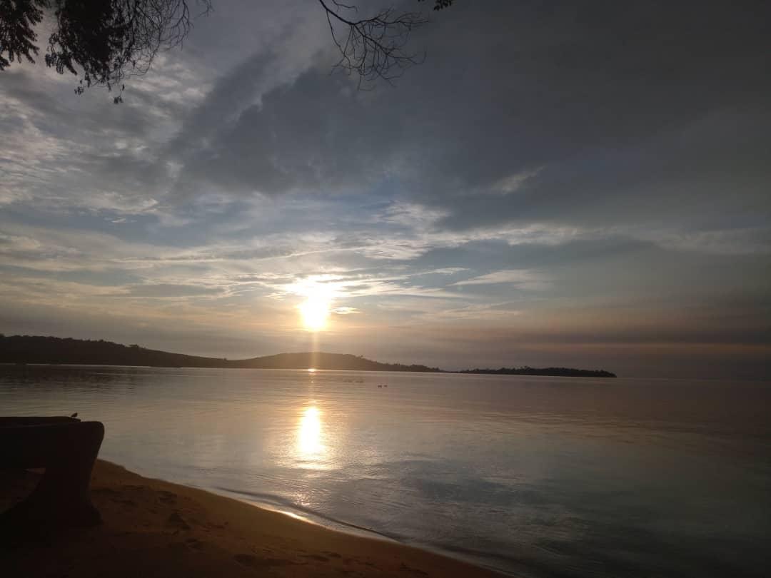 An evening of Kalangala Lake shore. (PHOTO/AGABA)