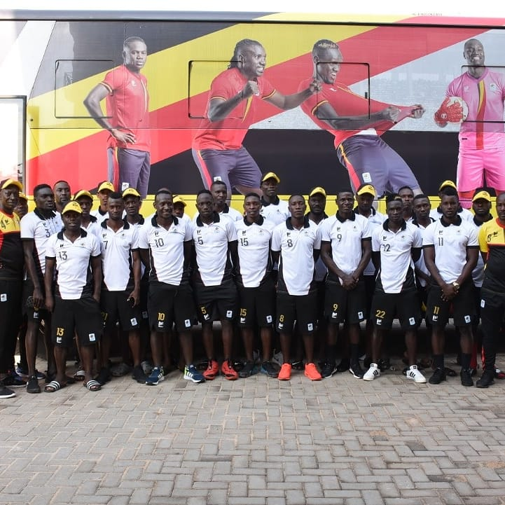 The Cranes pose for a picture before departure on Friday. (PHOTOS/FUFA)