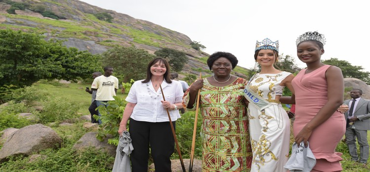 Speaker Rebecca Kadaga hosting Miss World Venessa Ponce De Leone and Miss World-Africa Quiin Abenakyo at Kagulu hill in Buyende, 24 July 2019