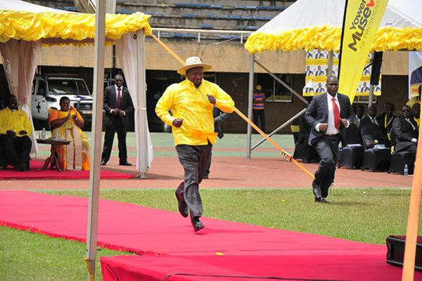 President Museveni makes a run at a ceremony. (PHOTO/File)