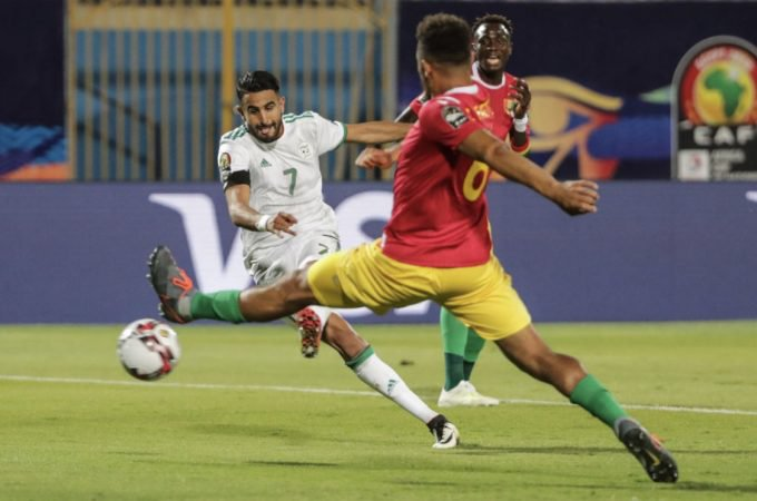 Mahrez (7) scores for Algeria against Guniea on Sunday. (PHOTO/Agency)
