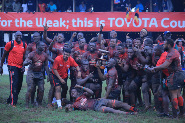 Kenya Simbas celebrate after retaining the Elgon Cup on Saturday. (PHOTO/Courtesy)