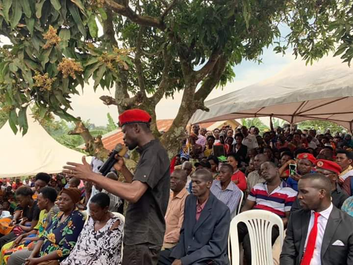 Bobi Wine addresses the mourners in Mitooma.