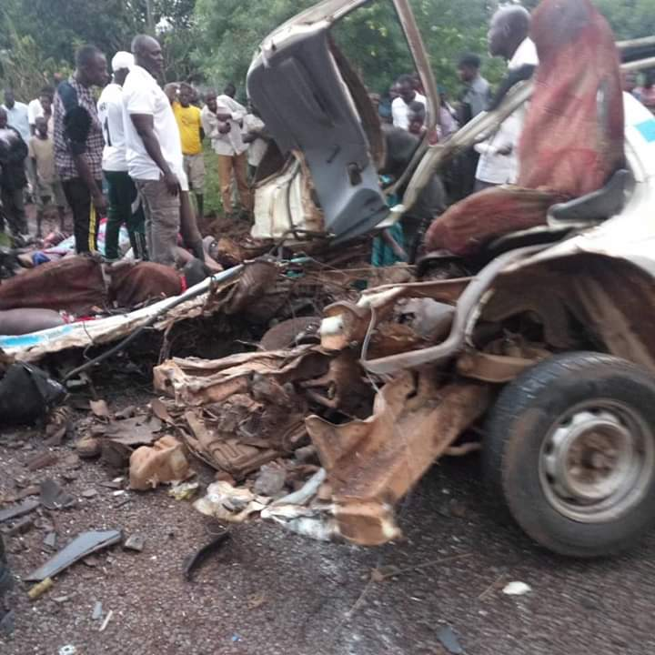 At least ten people are confirmed dead in Mbale Tirinyi road accident. (PHOTO/Courtesy)
