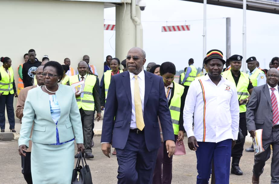 Prime minister Ruhakan Rugunda flanked by Transport minister Monica Azuba and State minister for Tourism Kiwanda Suubi. (PHOTO/PML Daily)