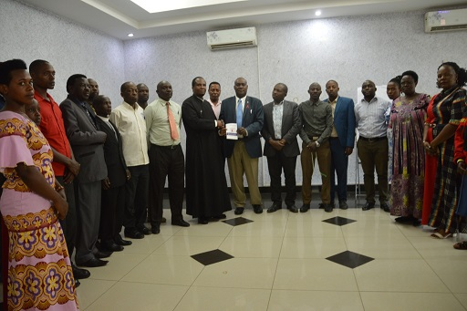 Religious leaders and officials from Uganda AIDS commission in a group photo (2)