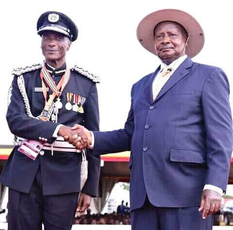Ex IGP Kayihura and President Museveni respectively
