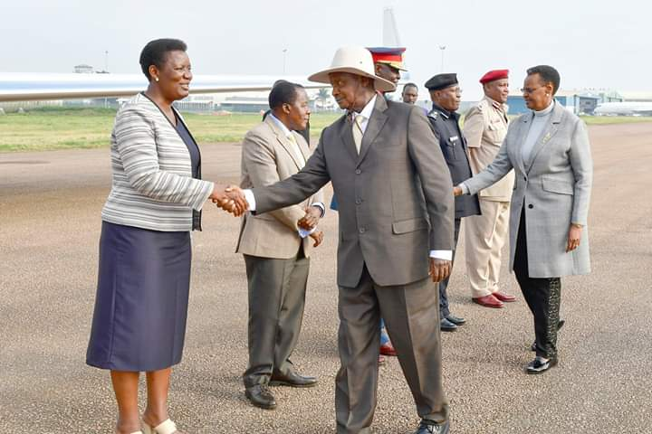 President Yoweri Museveni in a company of his wife Janet Museveni has left to South Africa for the World Economic Forum on Africa. (PHOTO/PPU)