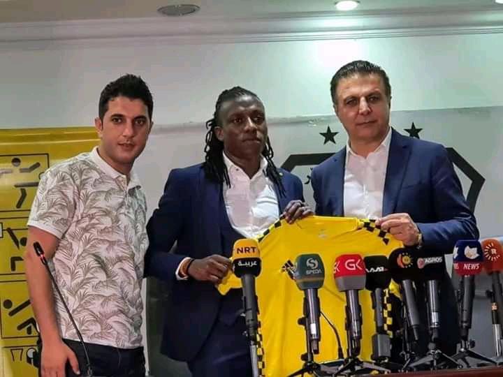 Allan Kateregga (center) after signing for Erbil SC. (PHOTO/Courtesy)
