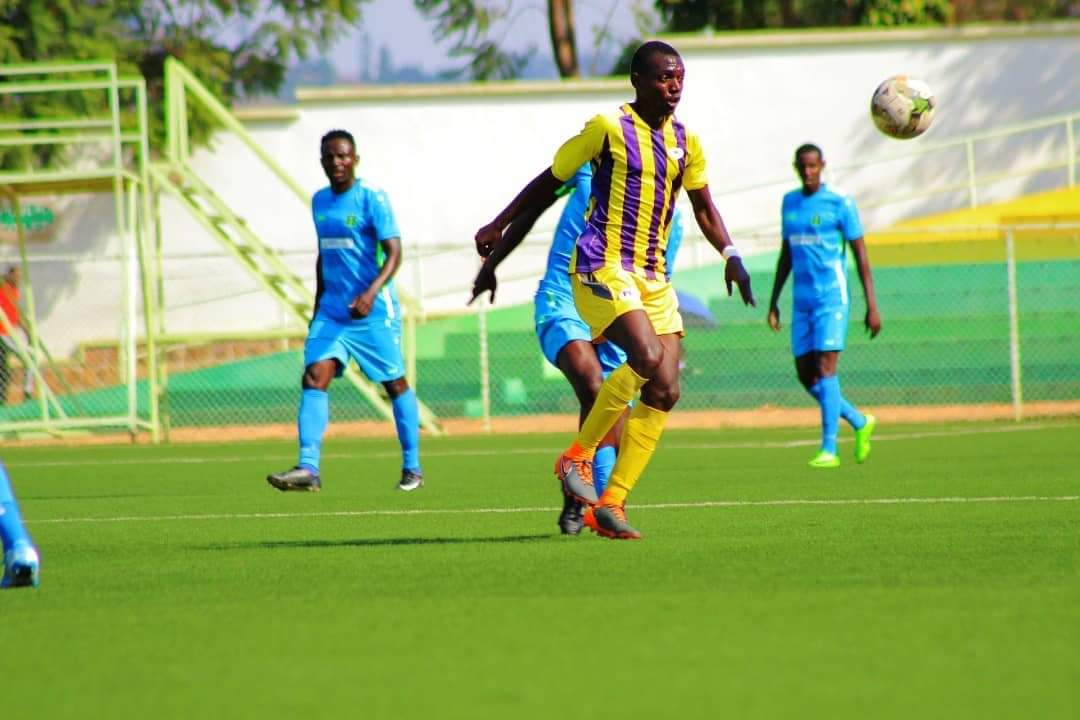 Bright Anukani looks set to control a pass in the draw away to AS Kigali on Saturday afternoon. (PHOTOS/Proline)