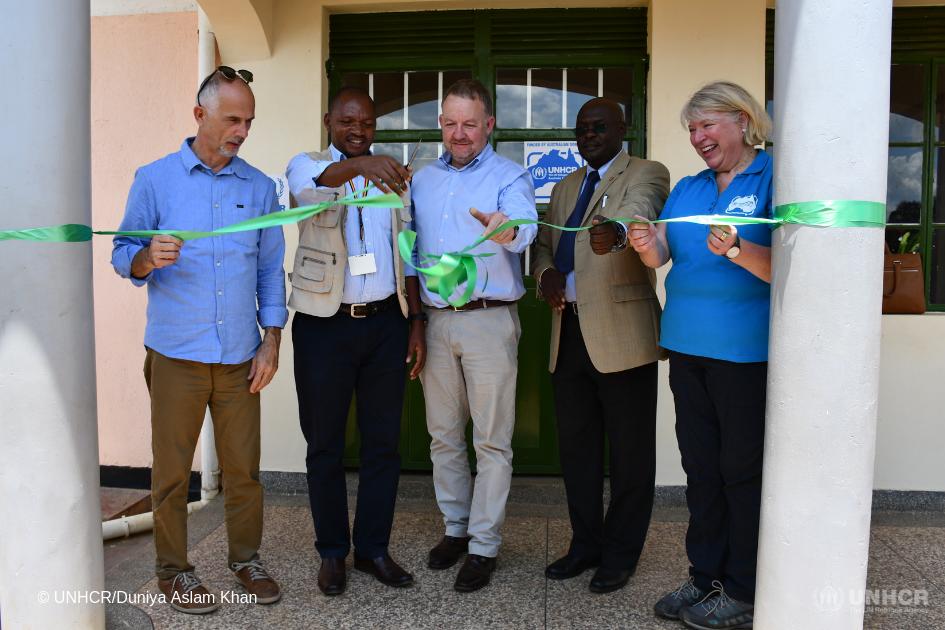 UNHCR representative in Uganda, Joel Boutroue and Australian Deputy High Commissioner to Uganda, Jonathan Ball officially inaugurating the Sweswe Vocational Training Centre in Kyaka II refugee settlement in Uganda.