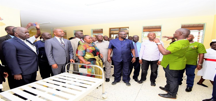 Deputy Speaker, Jacob Oulanyah, MPs and members of the Rotary Club of Kampala South touring the rehabilitated maternity ward at Freda Carr Hospital on Ngora district