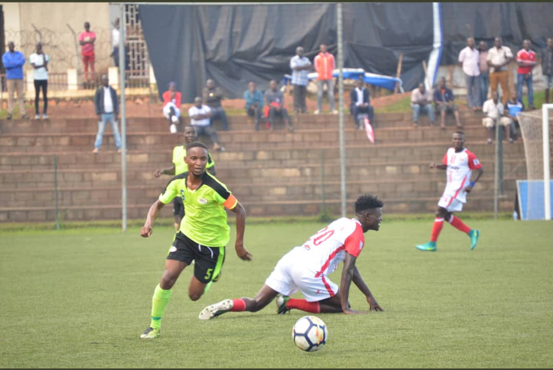 Proline's Noordin Bunjo in action against Express FC on Tuesday. (PHOTO/Proline)