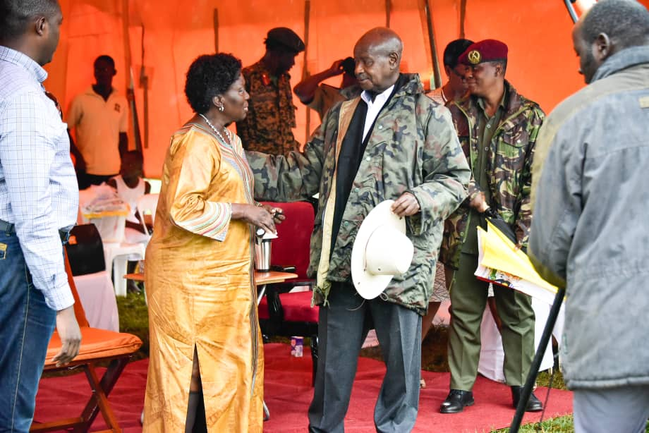 President Museveni and Speaker Kadaga share a light moment in Jinja on Saturday October 12 (PHOTO/PPU)