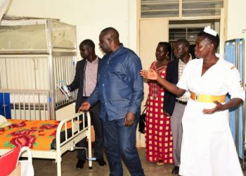 Deputy Speaker of Parliament Jacob Oulanyah inspects Lalogi Health Centre IV during a visit to Omoro District on Saturday. (PHOTO/PML Daily)