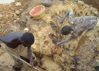 Rwandan miners dig for gold in Kaabong district  recently (PHOTO/File)