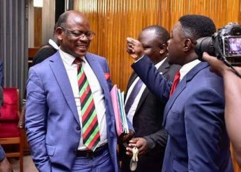 MP Francis Zaake (R) accussed of insulying Makerere University VC