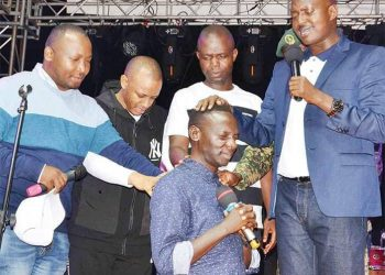 Pastors Bugingo and Bugembe have reconciled after years of bickering(PHOTO/File)