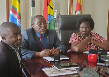 Leader of Opposition Betty Aol, Wilfred Niwagaba and William Nzoghu addressing journalists yesterday