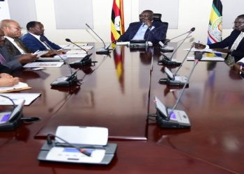 Deputy Speaker Jacob Oulanyah (C) in a meeting with Namibia degelation on Monday (PHOTO/Courtesy).
