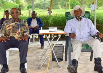 Former Prime Minister Amana Mbabazi and President Museveni at Kisozi farm in Gonna on Tuesday 31 (PHOTO/PPU).
