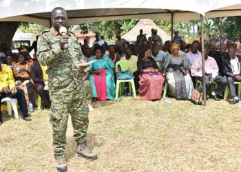 Gen Peter Elwelu has asked residents of Luweero to make use of the peace available to get themselves out of poverty (PHOTO/File)