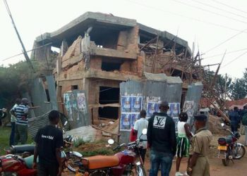 Reaidents fathered at the newly constructed house that
