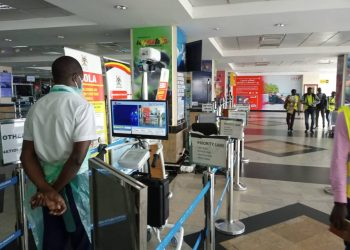 All trevellers using Entebbe international Aiport are subject to screening (PHOTO/Javira Ssebwami)
