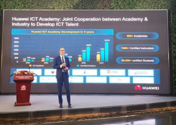 Hank Stokbroekx, Vice President of Enterprise Service, Huawei Enterprise BG, announce the Launch of Huawei ICT Academy 2.0 (PHOTO/Courtesy)