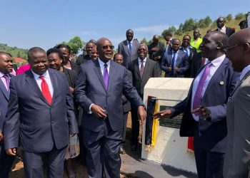 Chief Justice, Bart M. Katureebe on Thursday laid a foundation stone at the ground breaking ceremony for Rubirizi Justice Centre in Rubirizi District, Western Uganda.
