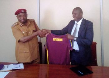 Charles Ayieko (R) was unveiled as Maroons FC head coach on Wednesday. (PHOTO/Courtesy)