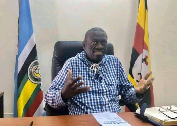 Dr. Kiiza Besigye has challenged everyone to pray to God against coronavirus pandemic (PHOTO/Courtesy).