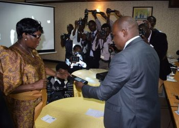 Speaker Rebecca Kadaga tries out the BVVS
