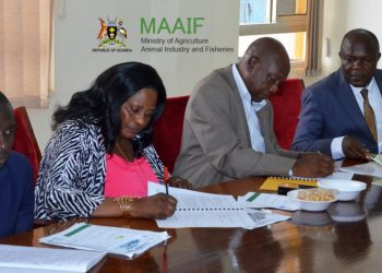 Agriculture ministry officials signing