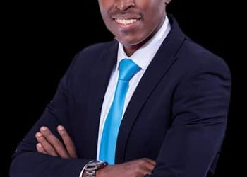 Paul Kasenene is a qualified medical doctor specialising in Nutritional, Functional and Lifestyle Medicine