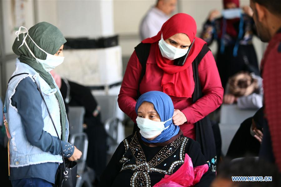 "People wearing face masks are seen at a hospital in Cairo, Egypt, on April 29, 2020. Egypt's COVID-19 cases rose to 5,268 after 226 new infections were confirmed on Wednesday, amid the government's ""coexistence plan"" of fighting the virus while resuming economic activities. (Xinhua/Ahmed Gomaa)"