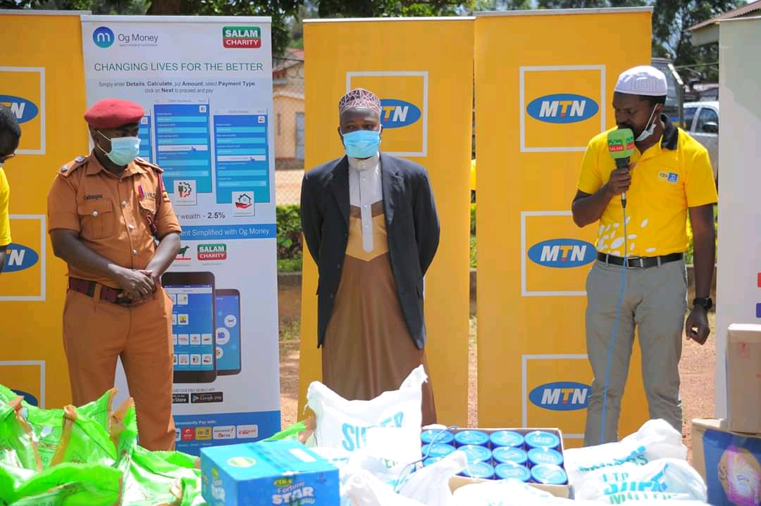 Ismail Hamwada (R), the MTN Uganda company manager speaks during the hand over of their donations to Luzira prison (PHOTO/Courtesy).