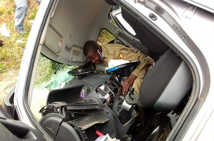 Police offier Samuel Omala in the car after accident (PHOTO/Courtesy).
