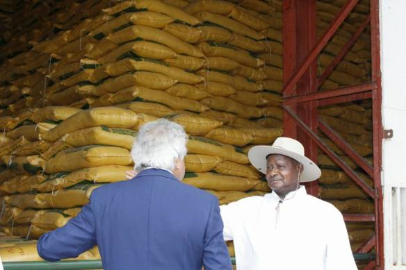 President Museveni visiting Kakira sugar factory (PHOTO/File).