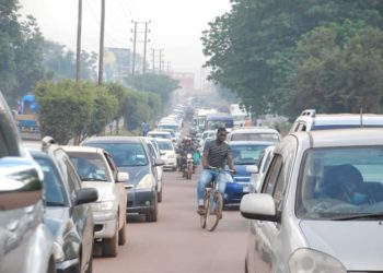 Heavy traffic jam along Kampala-Jinja road on Tuesday as private cars are allowed to return on the road (PHOTO/Courtesy).