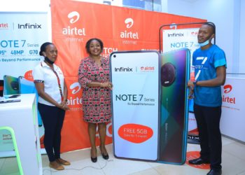 L-R Faith Bugonzi from Airtel Uganda with Remmie Kisakye (middle) Head of Brand and Communication and Derrick Katongole Branch Brand Manager Infinix Uganda (PHOTO/File)