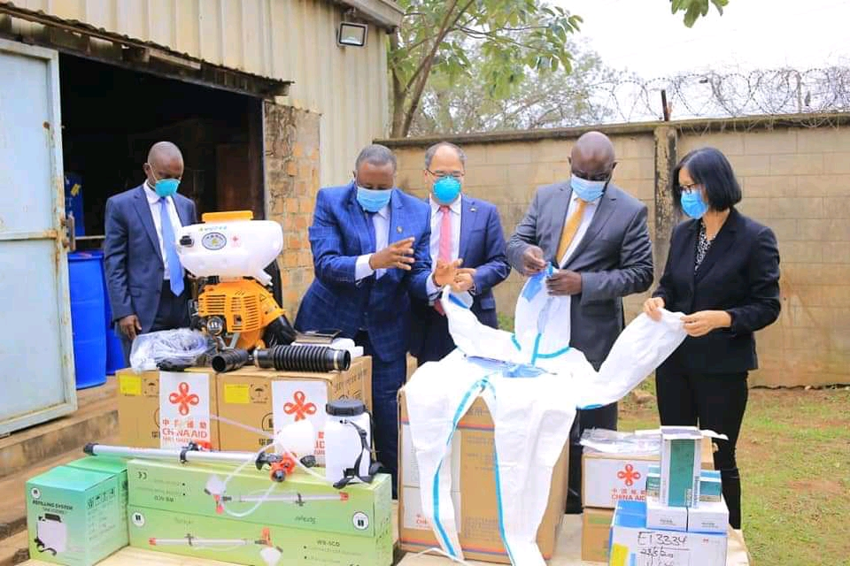 Officials from the Agriculture ministry receiving donations from China representatives on Wednesday (PHOTO/Courtesy).