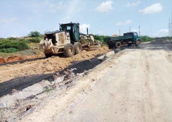 Poor roads in Barawe, Somalia under construction (PHOTO/Courtesy).