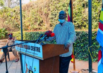 Government spokesman Ofwono Opondo addressing press on Monday (PHOTO/Courtesy).