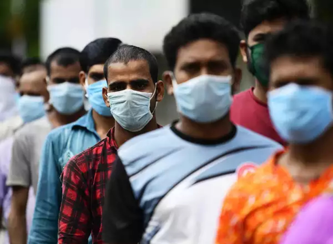 India reported a record spike in coronavirus cases on Saturday, taking the national total to more than 800,000 and pushing several states to bring back lockdowns, despite the punitive economic cost (PHOTO/Courtesy).