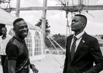 Singer Jose Chameleone hosted by Pastor Wilson Bugembe on Sunday (PHOTO/Courtesy).